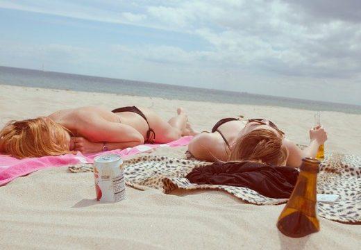 Пясъкът и морето не могат да заразяват с коронавирус