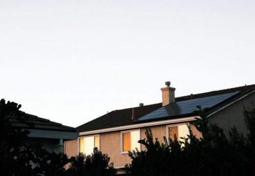 Чрез указ Италия поема разходите за фотоволтаични системи на жилищата след пандемията