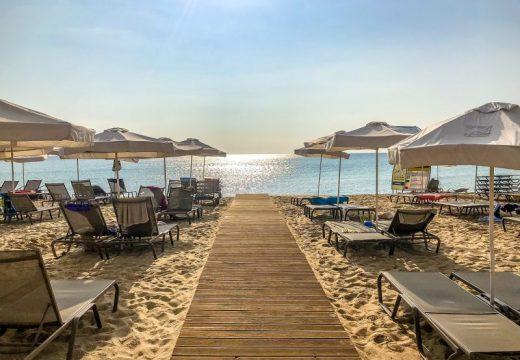 Сериозен спад на туристи по Черноморието – ще бъде ли спасен летният сезон?