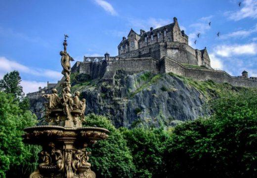 5 красиви замъци и имения, за които се говори, че са обитавани от духове (част 1)