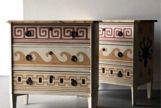Изящното изкуство на ръчно изрисуваните мебели