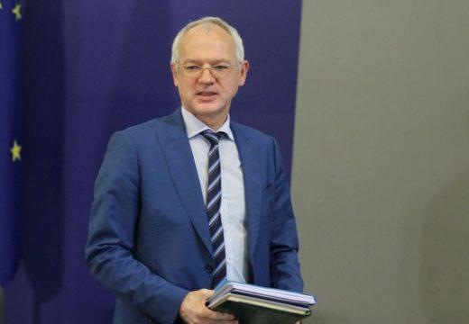 Васил Велев: Спад на БВП между 3,5 и 5,5% без шанс за компенсация догодина