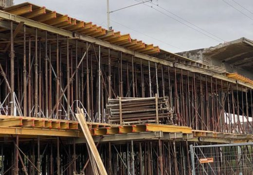 Експерти правят оглед на ремонтиращия се Сарайски мост в Русе