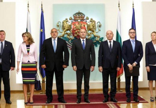 Новите заплати на властта: депутатите – 6500 лв., премиерът – 10 000 лв., президентът – 15 000 лв.