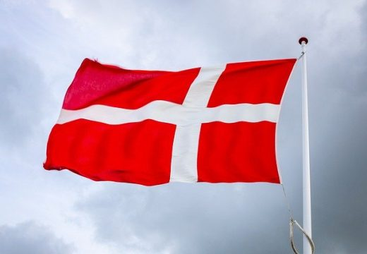 В Дания ще работят само аптеки, супермаркети и хранителни магазини