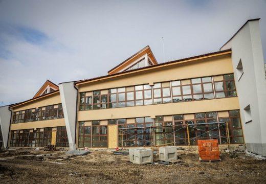 Фандъкова: В бюджета за тази година залагаме строителството на 45 детски градини и ясли
