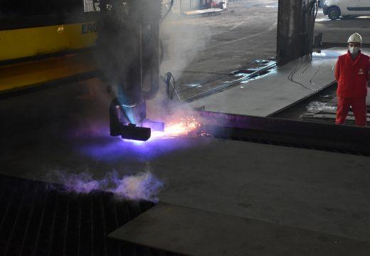Започна строителството на нов понтон, част от драгиращата техника на ИАППД
