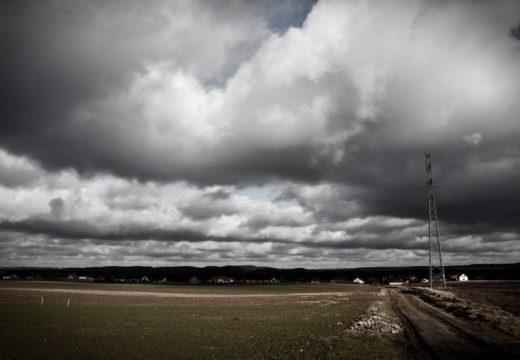 Жълт код за силен вятър и виелици в 22 области на страната