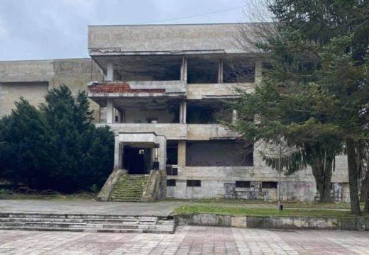 Рушаща се сграда в Тервел става модерен жилищен комплекс