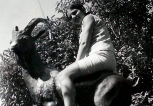 Възстановяват легендарна скулптура във Варна