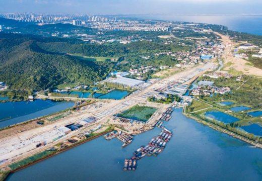 Китай отваря най-дългия си подводен тунел