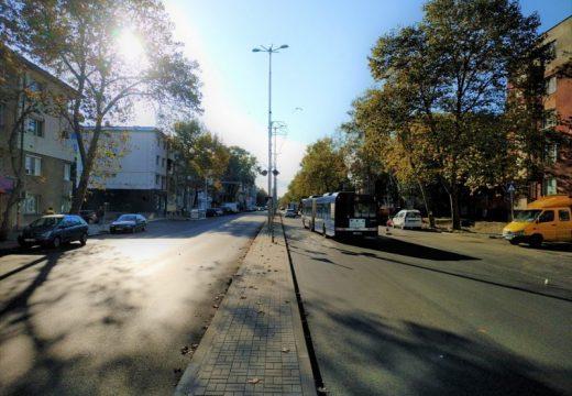 Започва модернизация на уличното осветление в Бургас