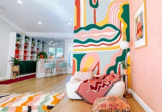 Цветно бягство у дома: идея за стените