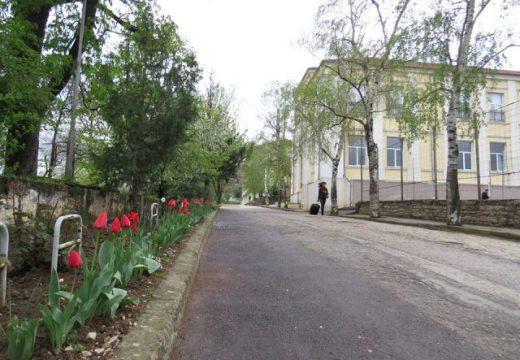Ще строят ново крило на Езиковата гимназия в Ловеч