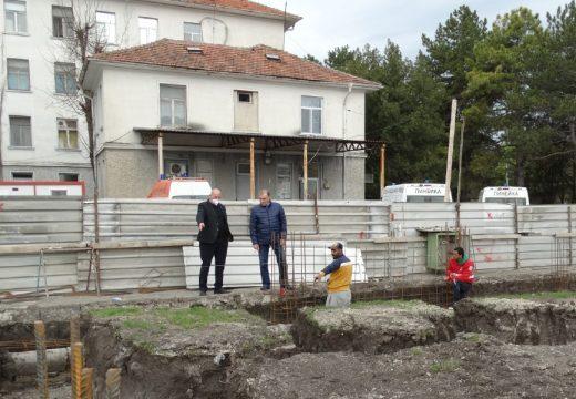 Строят нов филиал на Спешната помощ в Нова Загора