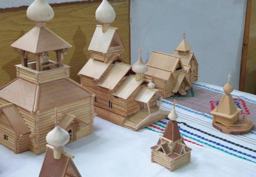 Изложба на архитектурни миниатюри от българин в Музея в Тараклия