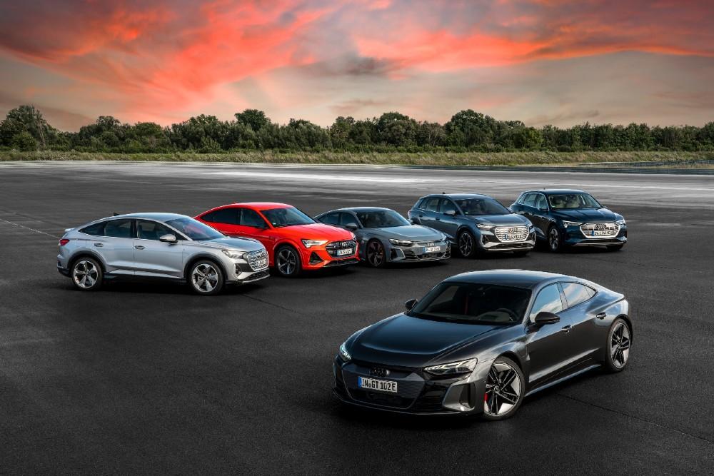 Порше София Запад представя актуалната електрическа гама на Audi по време на BUILDINGSTYLE 2021